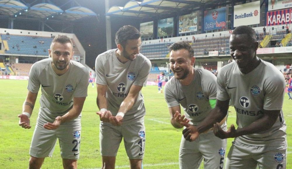 Adana Demirsporlu futbolcular Karabükspor galibiyetini değerlendirdi!