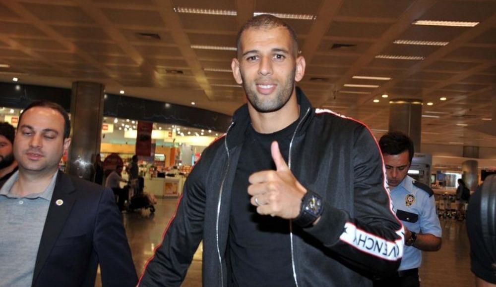 Fenerbahçe'nin anlaşmaya vardığı Slimani İstanbul'a geldi
