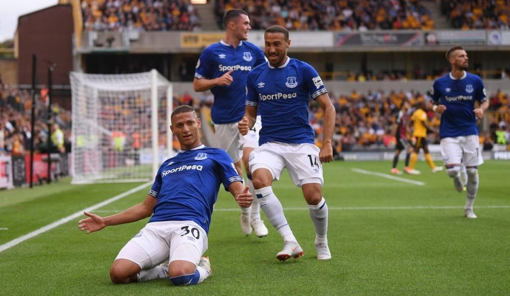 Everton: 125.7 milyon pound