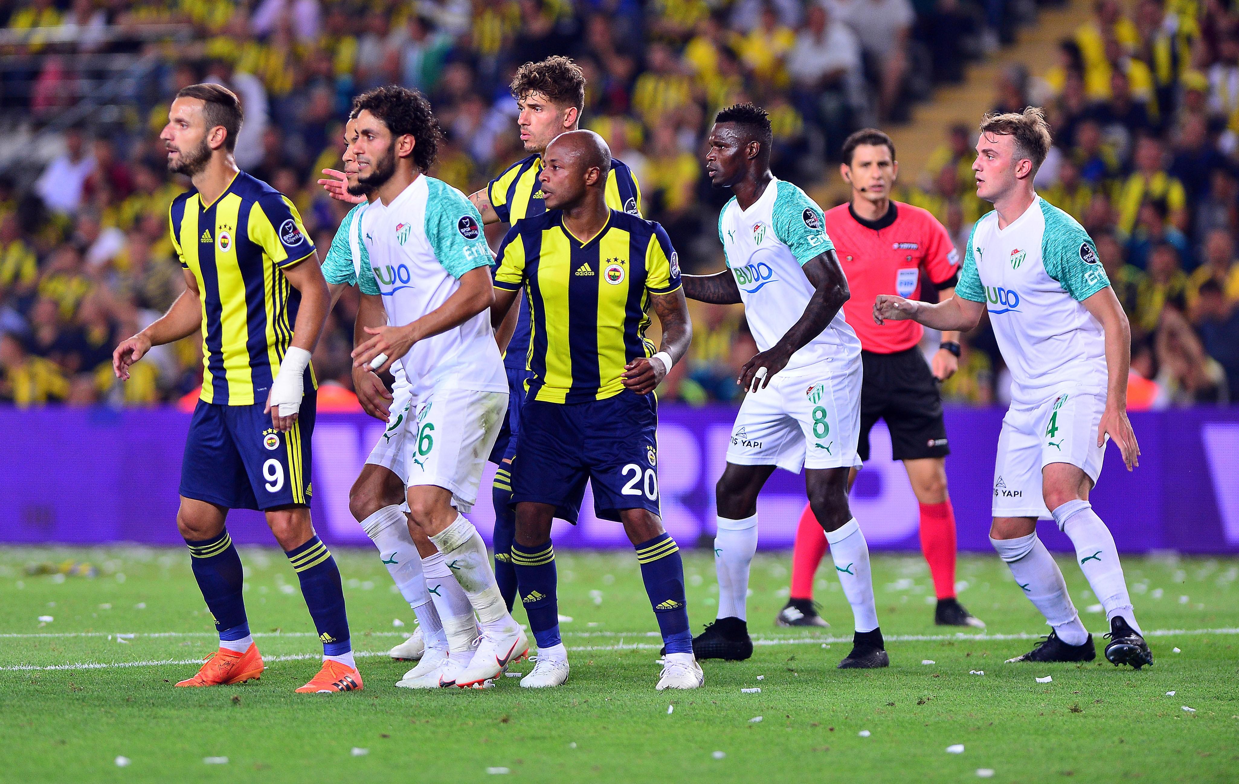 Fenerbahçe - Bursaspor maçı yazar yorumları: 'Efsane geri döndü'
