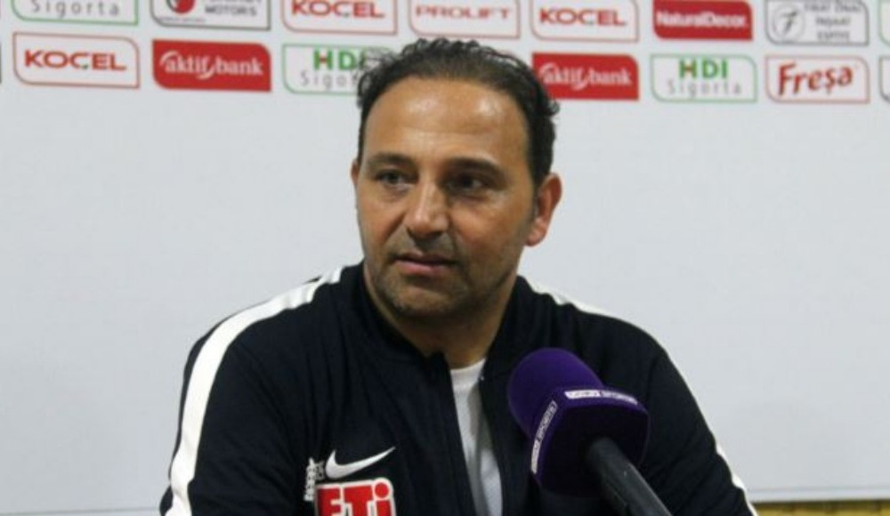 Fuat Çapa: 'Kırmızı karttan sonra maç koptu'