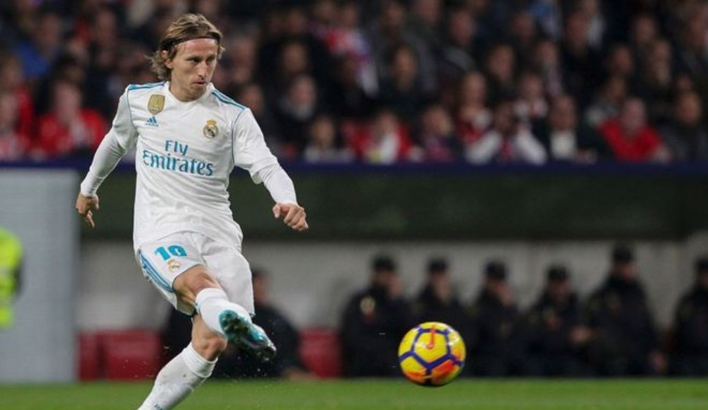 Modric hakkında flaş açıklama! Real Madrid'den ayrılacak mı?