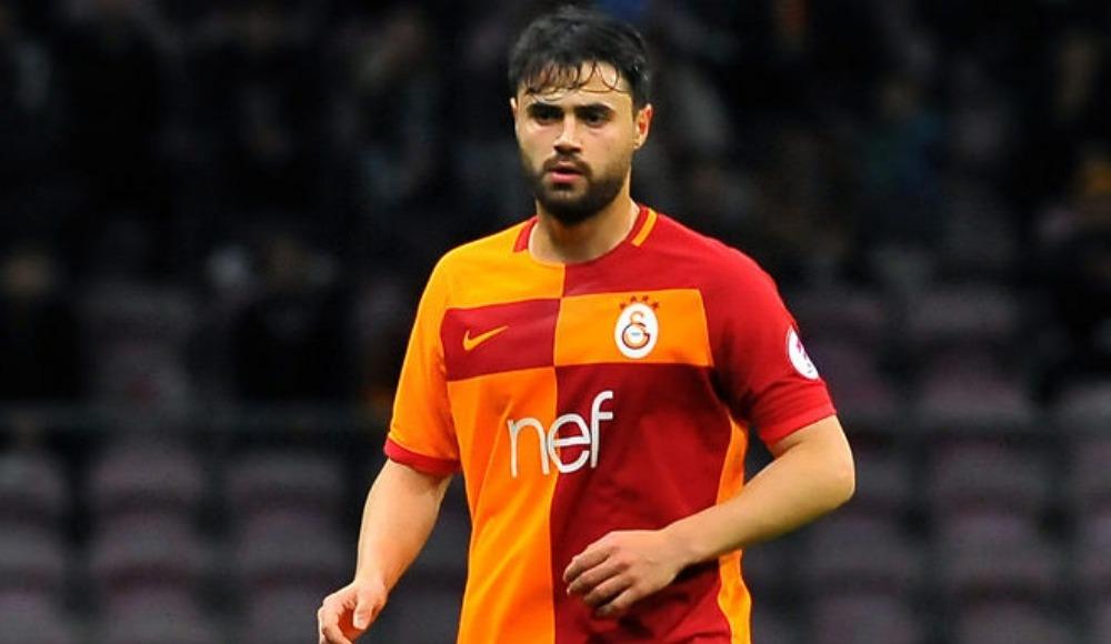 Ahmet Çalık, Galatasaray'da kalıyor! Serdar Aziz sakatlanınca...