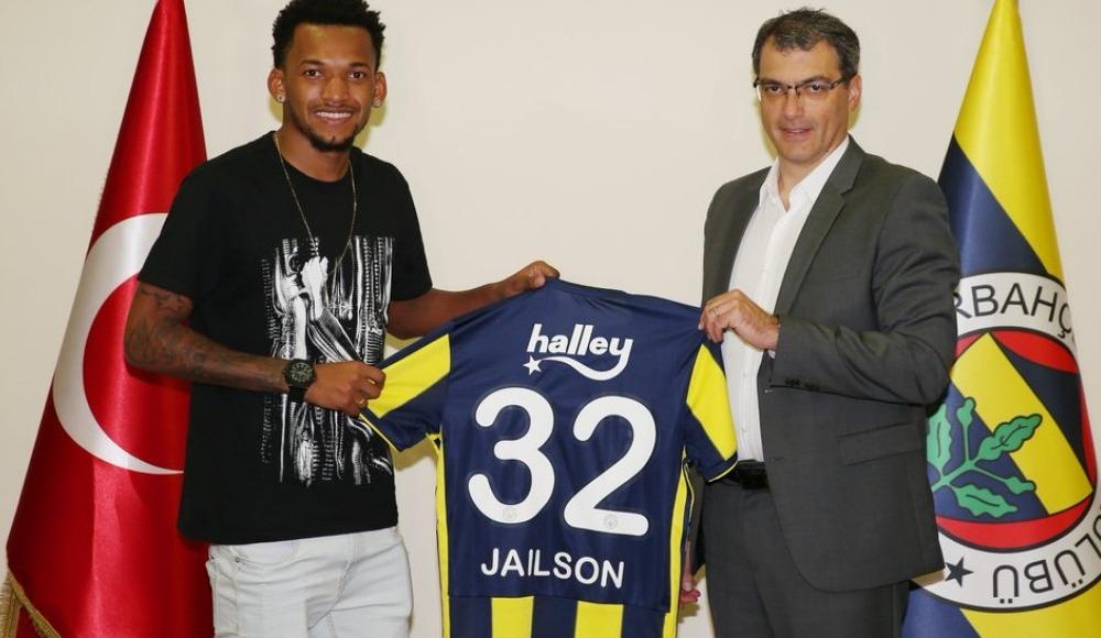 Jailson resmen Fenerbahçe'de: 'Bir rüyayı gerçekleştirdim.'