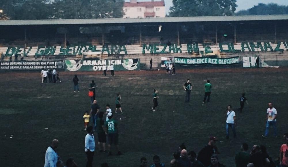 Sakaryaspor eski stadına veda etti