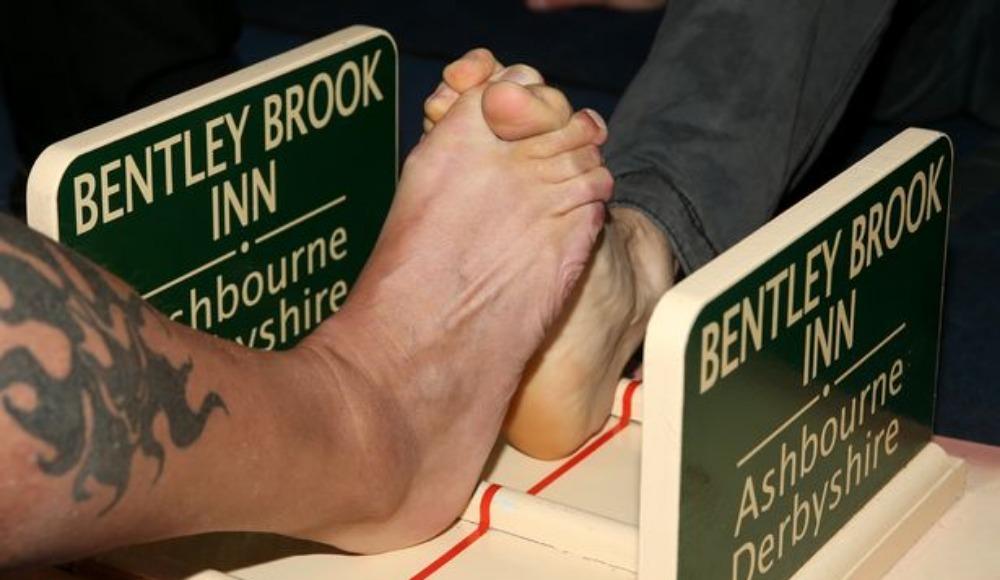 Ayak parmağı güreşi