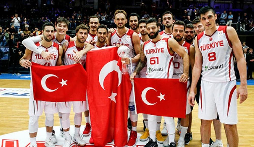 A Milli Erkek Basketbol Takımı, Super Cupta şampiyon oldu 68