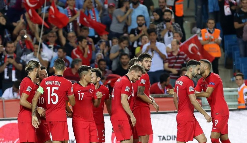 Rus gazeteciden Türkiye yorumu: Türkiye'nin tutkusu yok