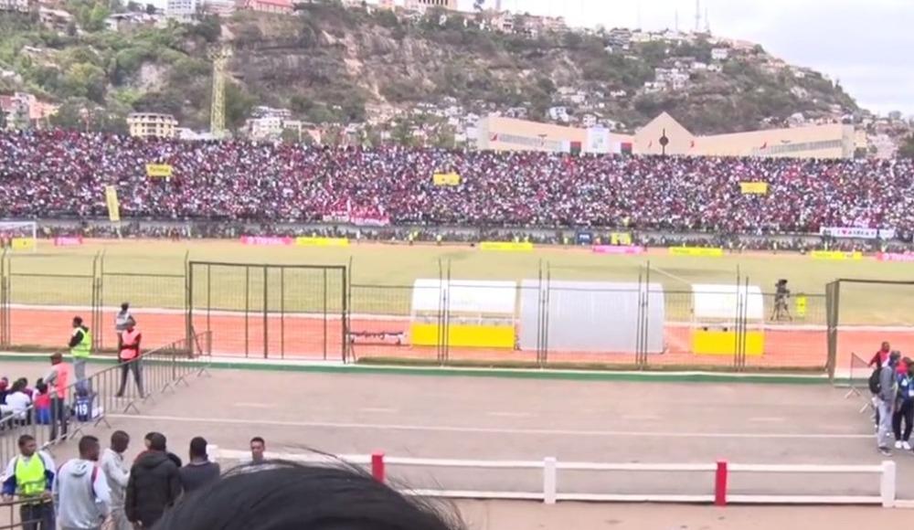 Madagaskar - Senegal maçı öncesi izdiham!