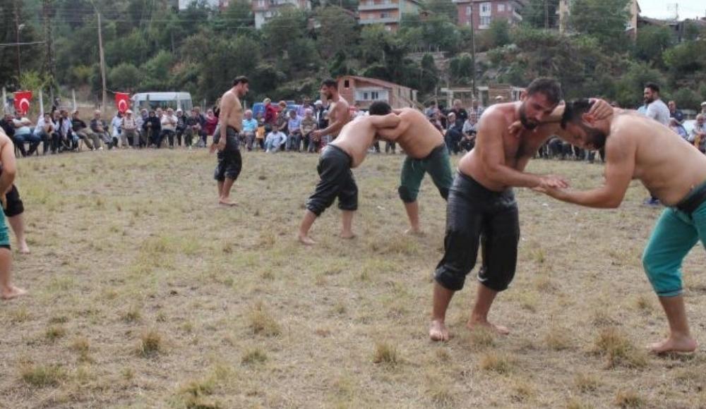 İğdir'de 2. Geleneksel Yağlı Güreş Festivali yapıldı