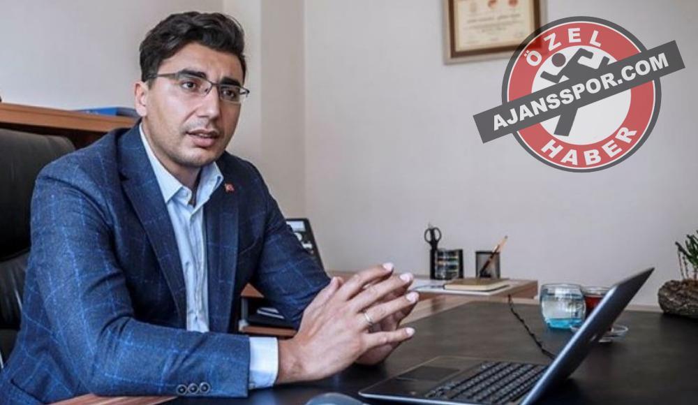 """Emin Özkurt: """"Trabzonspor'un Burak'ın alacaklarını ödeme ihtimali..."""""""