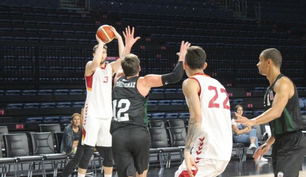 Galatasaray, hazırlık maçında Sakarya BŞB. Basketi mağlup etti