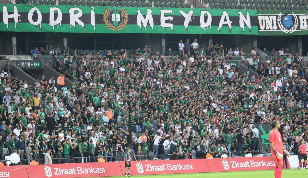 Kocaelispor, Gölcükspor'u uzatmalarda bulduğu gollerle 2-0 mağlup ederek bir üst tura yükseldi