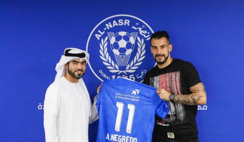 Transfer resmileşti! Alvaro Negredo formayı giydi!