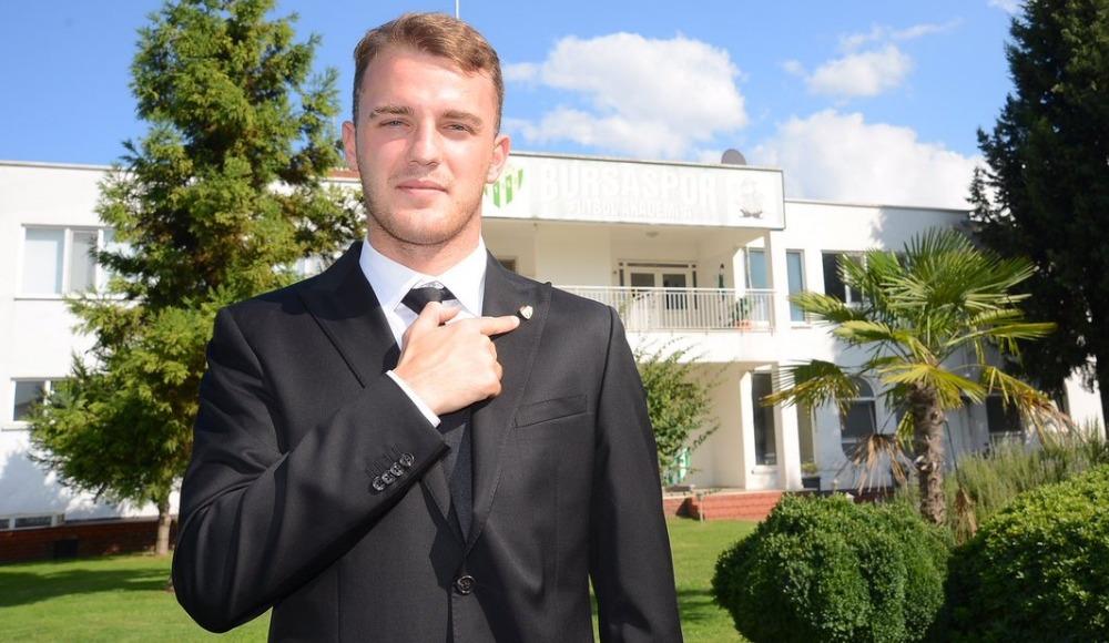 Bursaspor, Ertuğrul Ersoy'un sözleşmesini uzattı!