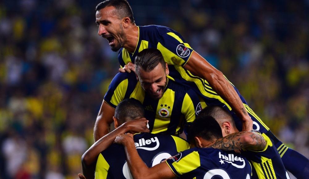 Fenerbahçe'de goller yabancı futbolculardan geldi