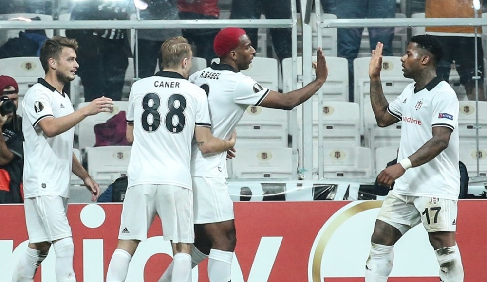 """""""Beşiktaş'ın UEFA'daki hedefi en az yarı final olmalı"""""""