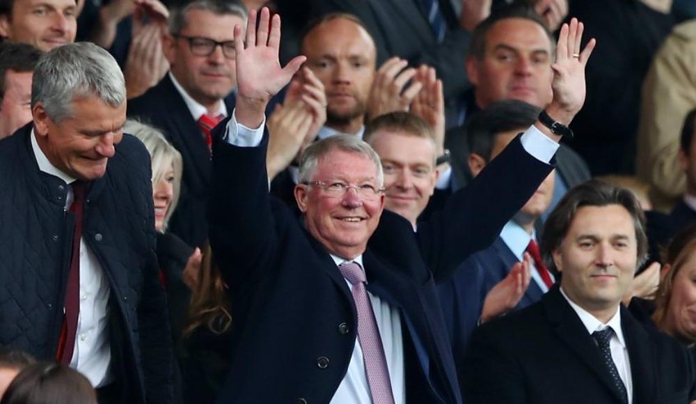 Video - Sir Alex Ferguson, yeniden Old Trafford'da!