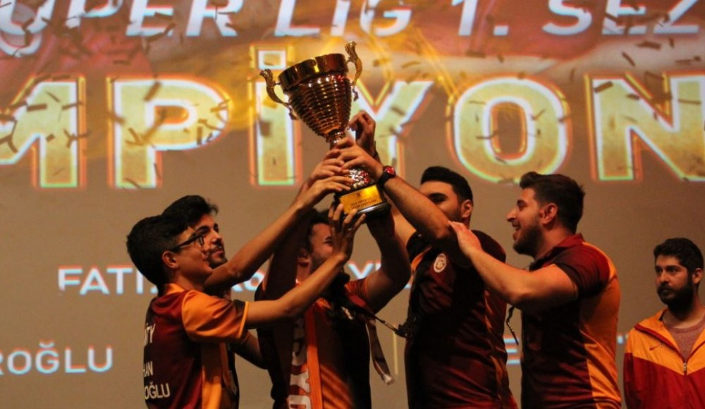 Zula Süper Lig'inin şampiyonu Galatasaray Espor!