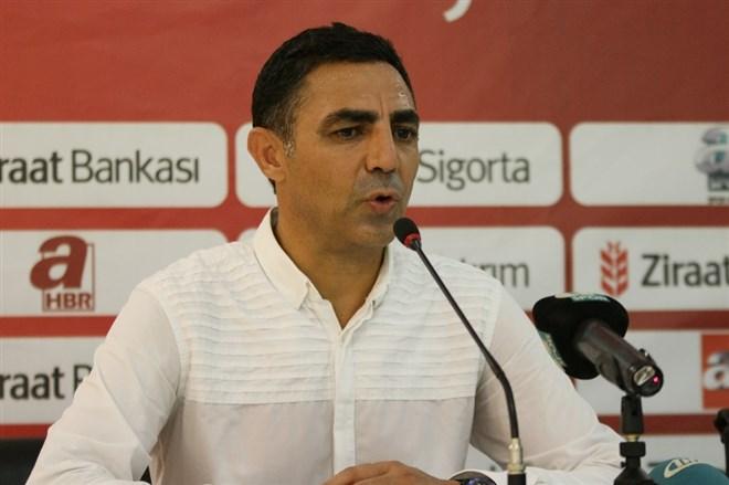 """Mustafa Özer: """"Arkadaşlarımız inanılmaz bir mücadele verdi"""""""