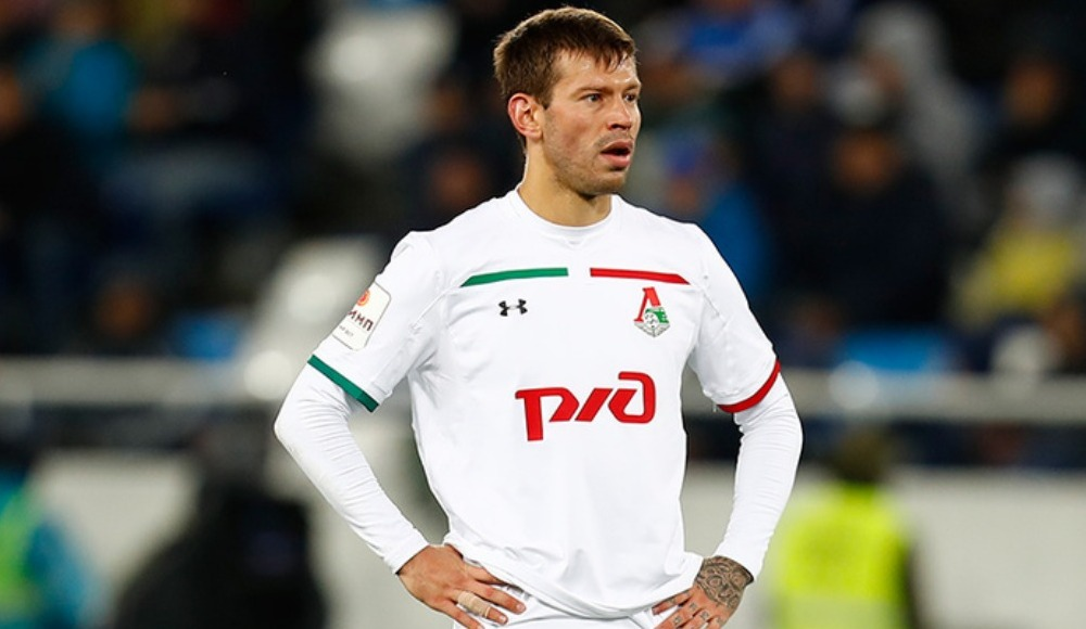 Smolov ameliyat olabilir! Son maçta sakatlanmıştı...