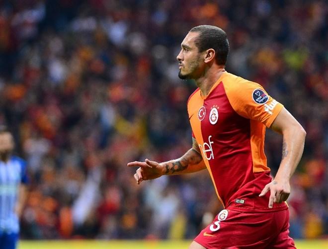 Galatasaraylı Maicon'a sürpriz talip