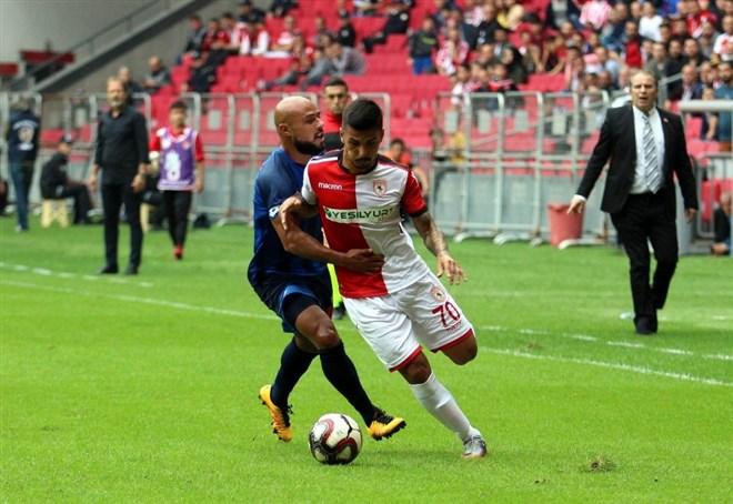 Samsunspor, sahasında karşılaştığı Ankara Demirspor'u mağlup etti