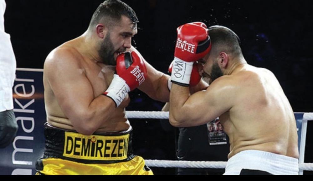 Türk boksör Ali Eren Demirezen, tarih yazmaya devam ediyor