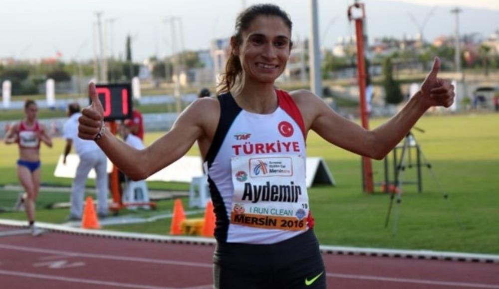 """Sevilay Eytemiş, """"Kızsın, evinde otur"""" diyenlere şampiyonluklarla cevap verdi!"""