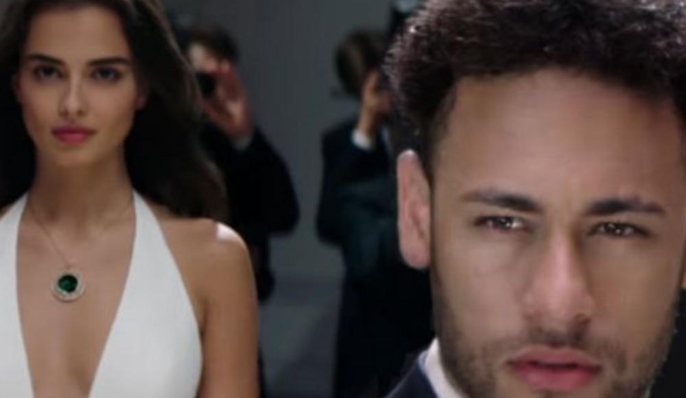 Brezilyalı yıldız Neymar'ı peşinden koşturan Türk kızı Elif Aksu!