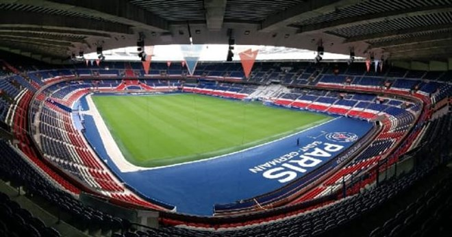 25) Parc des Princes - Paris Saint Germain