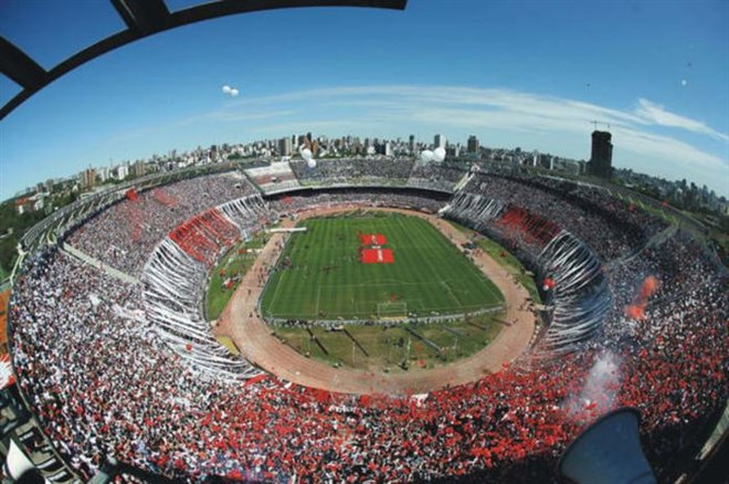 17) El Monumental - River Plate
