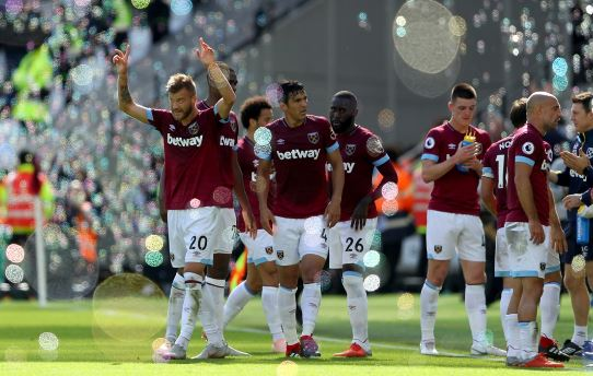 West Ham United: 117.6 milyon pound