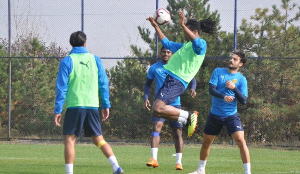 MKE Ankaragücü'nde Fenerbahçe maçı hazırlıkları devam ediyor