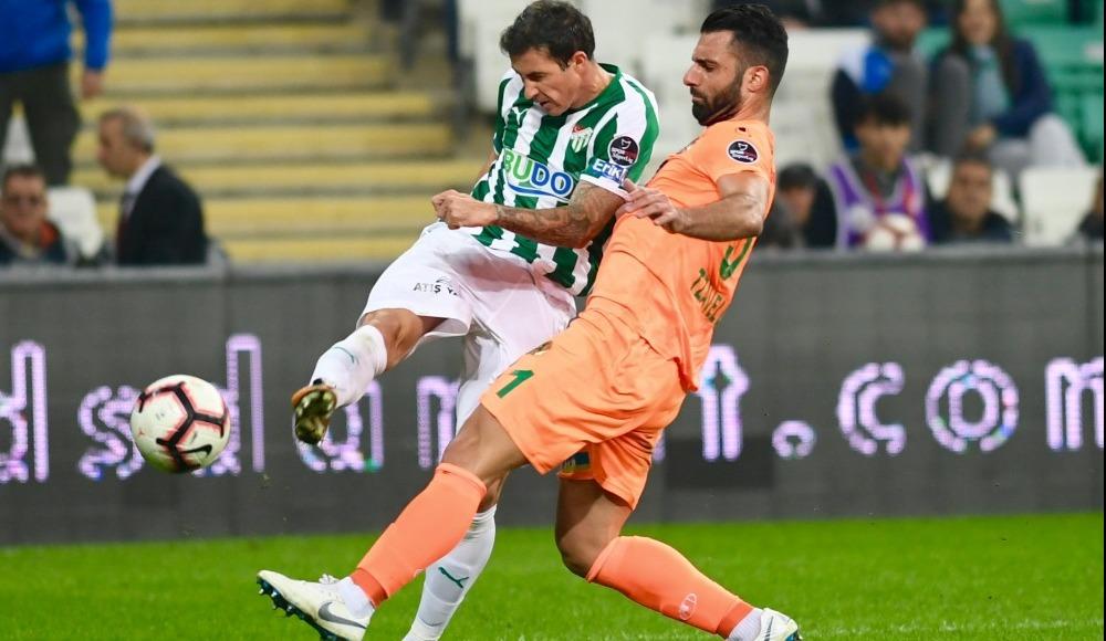 Süper Lig ekibinde flaş ayrılık!