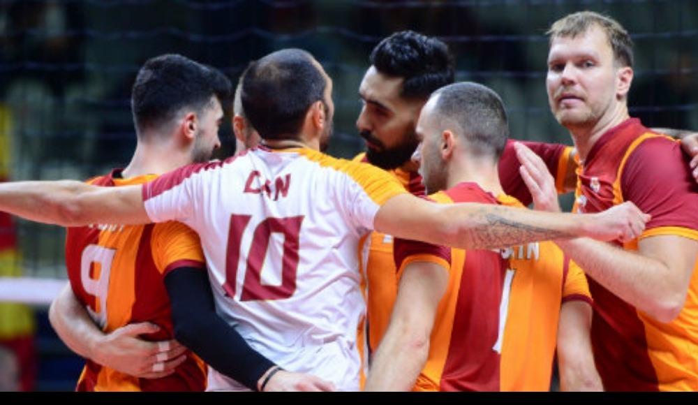 Voleybol Efeler Ligi'nde Galatasaray, Halkbank'ı 3-1 mağlup etti