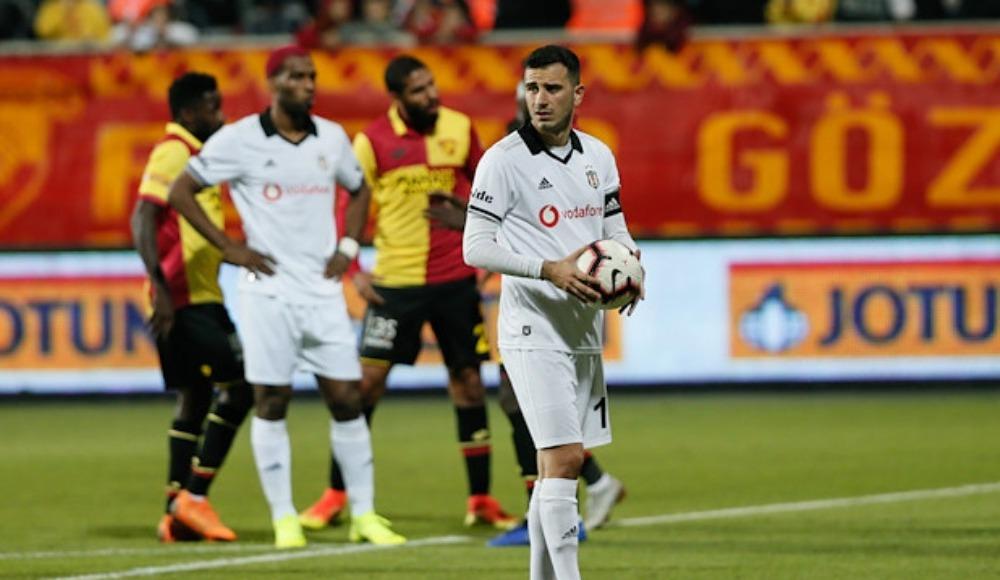 Beşiktaş'ta bir penaltı daha kaçtı!