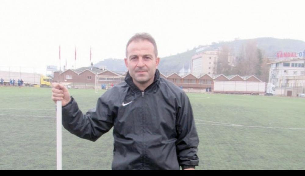 """Yomraspor Teknik Direktörü Raşit Çalık: """"Oyuncularımı tebrik ediyorum"""""""