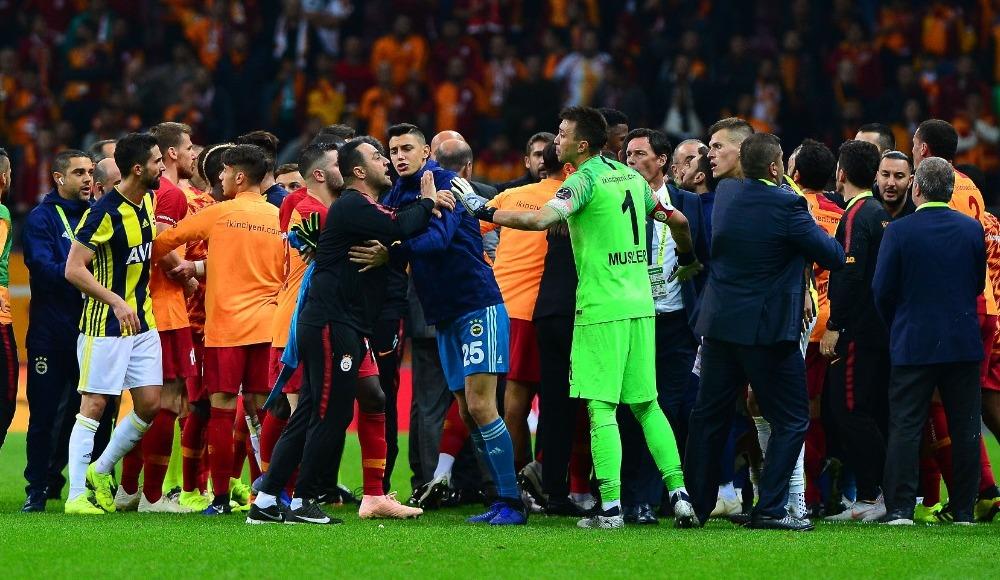 Futbolculara verilen cezaları nasıl karşıladı?
