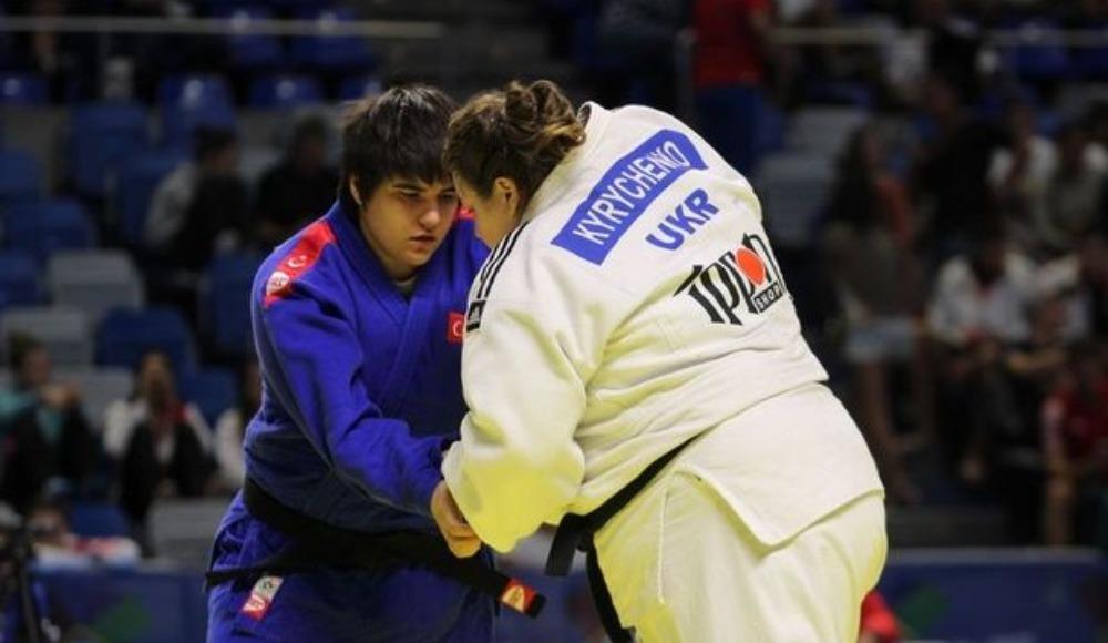 23 Yaş Altı Avrupa Judo Şampiyonası'nda Sebile Akbulut, gümüş madalya kazandı.