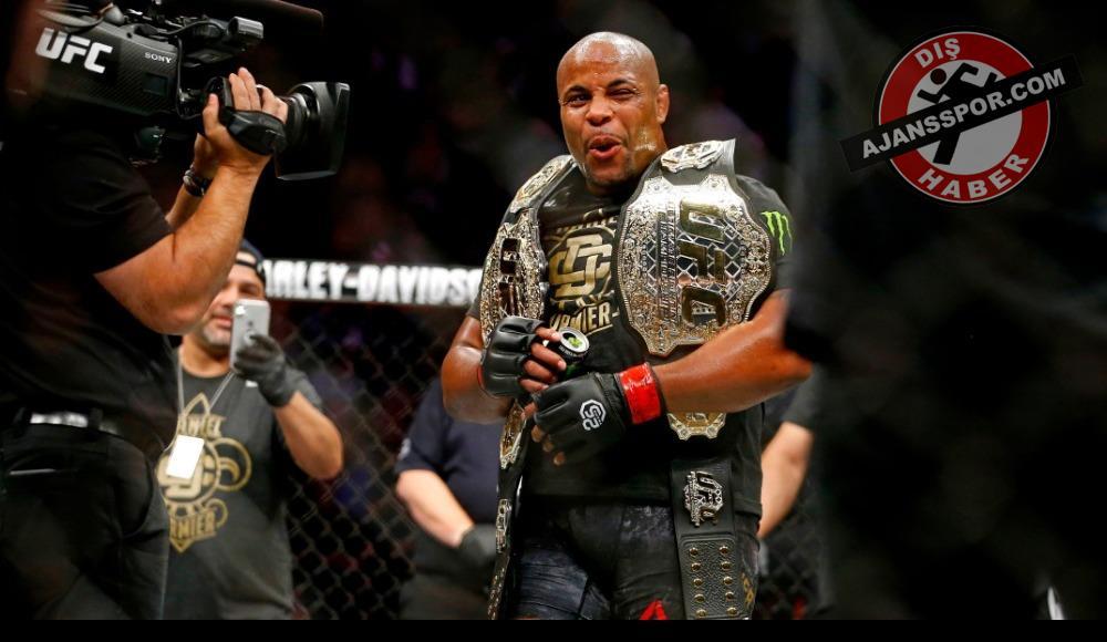UFC 230'da ağır sıklet şampiyonu belli oldu! (VİDEO)
