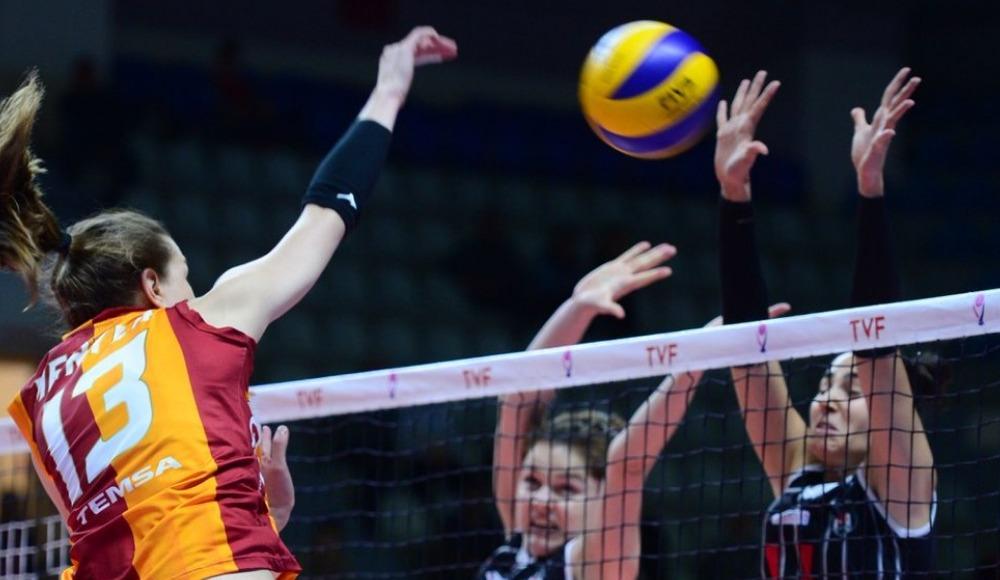Beşiktaş, deplasmanda Galatasaray HDI Sigorta'yı 3-2 mağlup etti