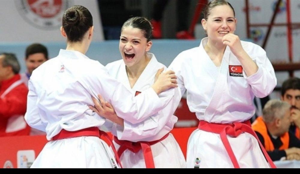 6 madalyalı Karate Milli Takımı yurda döndü