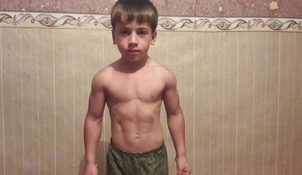 5 yaşındaki sporcudan inanılması güç rekor! 2 saat 45 dakika boyunca...
