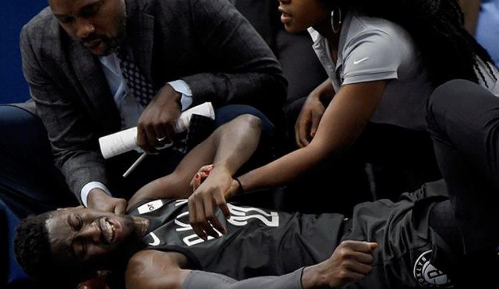 Caris LeVert'in bacağı kırıldı!