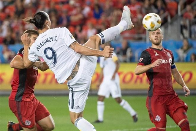 Video - Ibrahimovic'ten kendine has kıvraklık