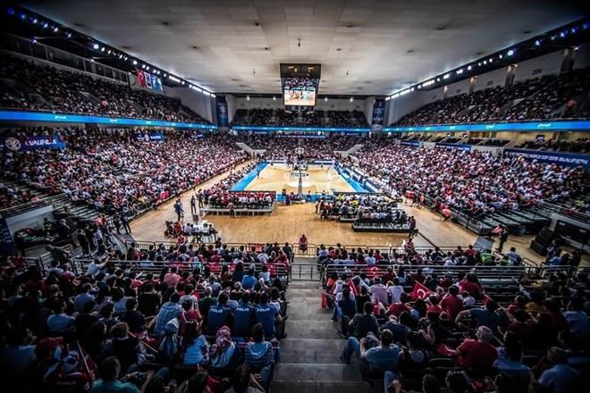Euroleague ile FIBA Dünya Kupası eleme maçları aynı hafta