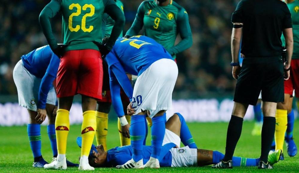 Neymar şoku! Milli maçta sakatlandı