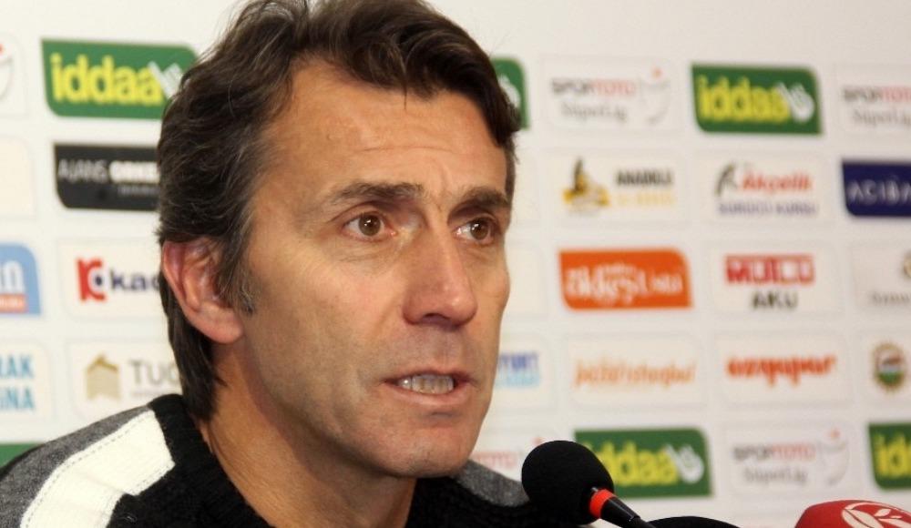 Antalyaspor Teknik Direktörü Bülent Korkmaz: 'Takım antrenmanı eksik'