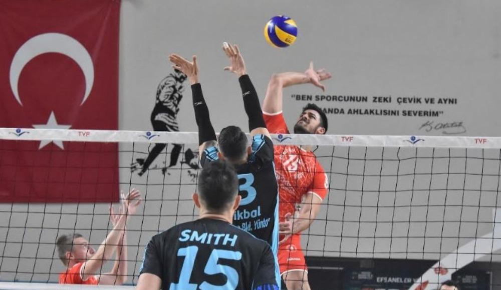 Ziraat Bankası, İkbal Afyon Belediye Yüntaş'ı 3-1 yendi.